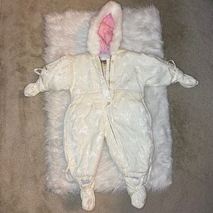 Giacca Snowsuit with detachable mittens & booties